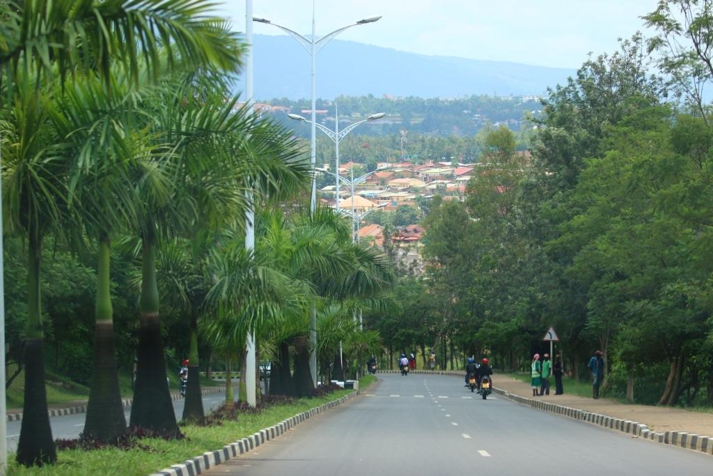 Kigali-roads-2
