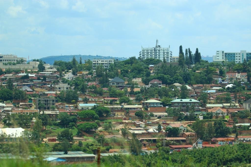 Kigali-roadside-1