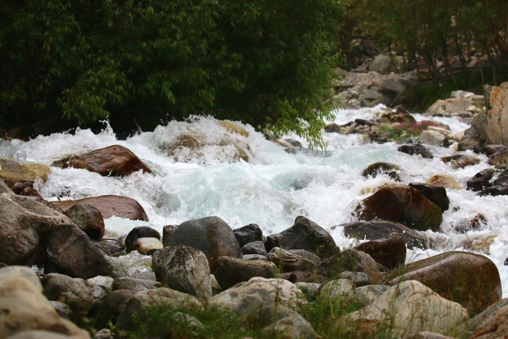 khaplu-stream-3-sm