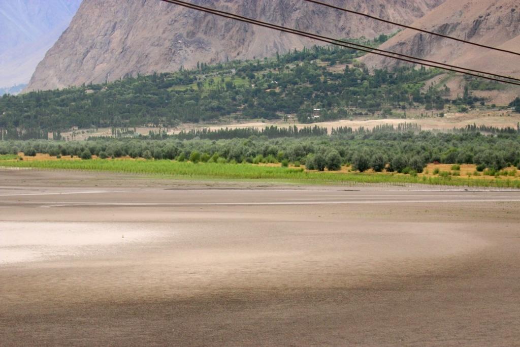 skardu-fields-riverbed-1-sm