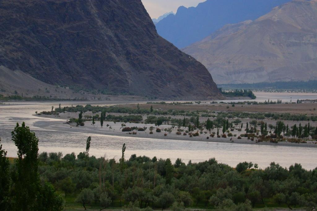 skardu-riverbed-1-sm