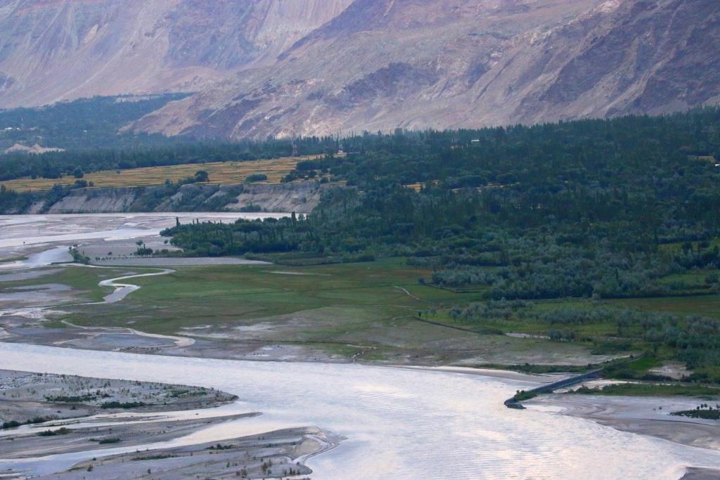 skardu-riverbed-fields-3-sm
