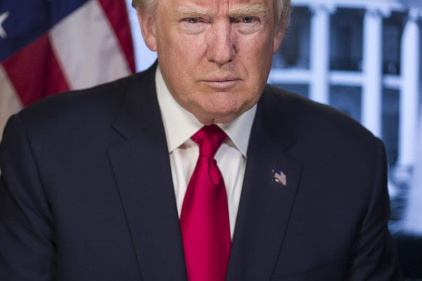Donald_Trump_official_portrait
